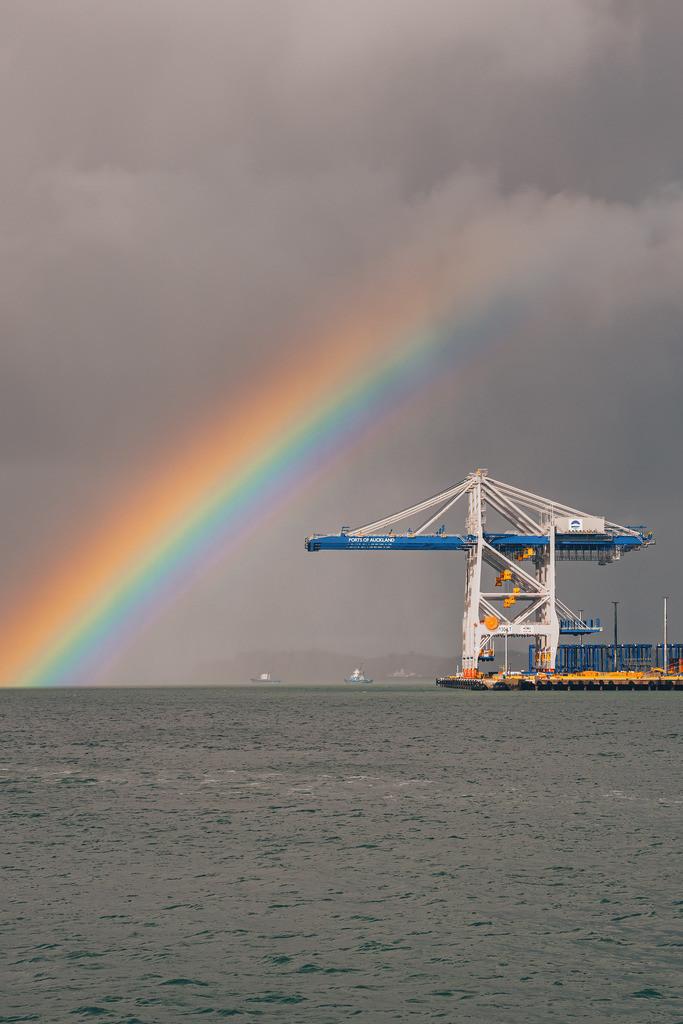Regenbogen im Hafen von Auckland | Regenbogen im Hafen von Auckland