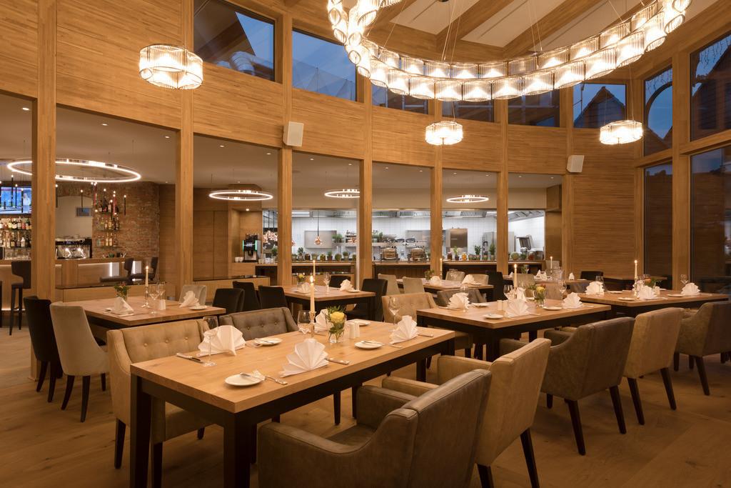 restaurant-11-hotel-brunnenhaus-schloss-landau