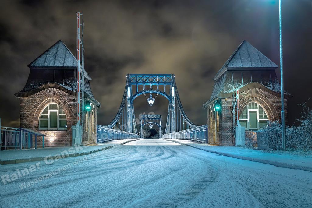 160116-5-KW Brücke im Winter Schnee