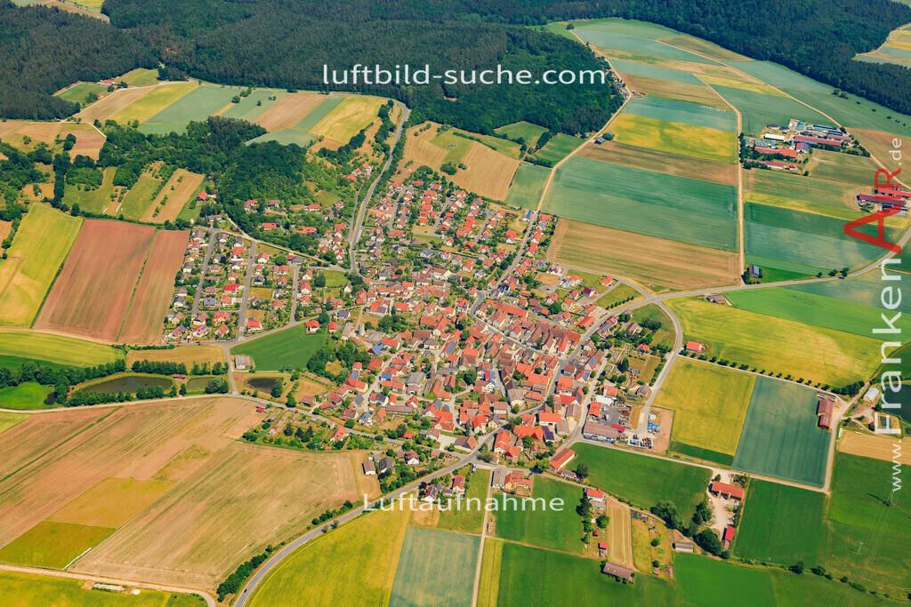 luftbild-baudenbach-2015-4710 | Luftbild von  Baudenbach - Luftaufnahme wurde 2015 von https://frankenair.de mittels Flugzeug (keine Drohne) erstellt - die Geschenkidee