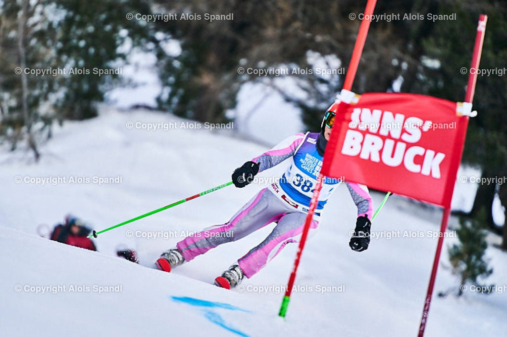 ALS5601_WWMG_GS-II_C | (C) FotoLois.com, Alois Spandl, WinterWorldMastersGames 2020 Innsbruck, Giant Slalom-II Gruppe C Damen, Patscherkofel Olympiaabfahrt, Mi 15. Jänner 2020.