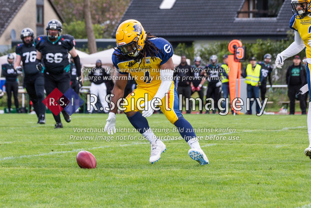 Fumble Recovery durch die Pirates Defense