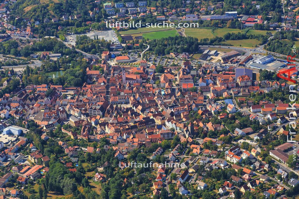 unterstrahlbach-neustadt-an-der-aisch-2015-91   Luftbild von Unterstrahlbach Neustadt-an-der-aisch - Luftaufnahme wurde 2015 von https://frankenair.de mittels Flugzeug (keine Drohne) erstellt - die Geschenkidee