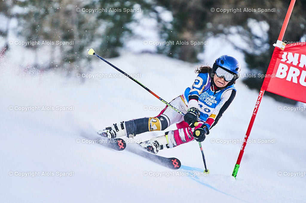 ALS5732_WWMG_GS-II_C   (C) FotoLois.com, Alois Spandl, WinterWorldMastersGames 2020 Innsbruck, Giant Slalom-II Gruppe C Damen, Patscherkofel Olympiaabfahrt, Mi 15. Jänner 2020.