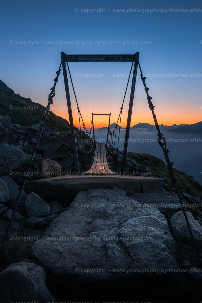 Brücke bei Olpererhütte Blaue Stunde-3