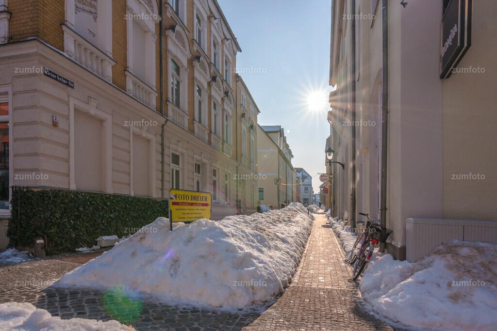 Blick in Seitenstraße der Langen Straße