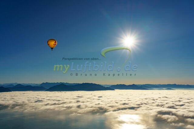 luftbild-chiemsee-balloon-bruno-kapeller-01 | Luftaufnahme Balloonfahrt über dem Chiemsee