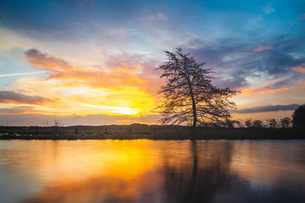 Sonnenaufgang an der Hamme | Fabelhafter Sonnenaufgang an der Hamme bei Worpswede.