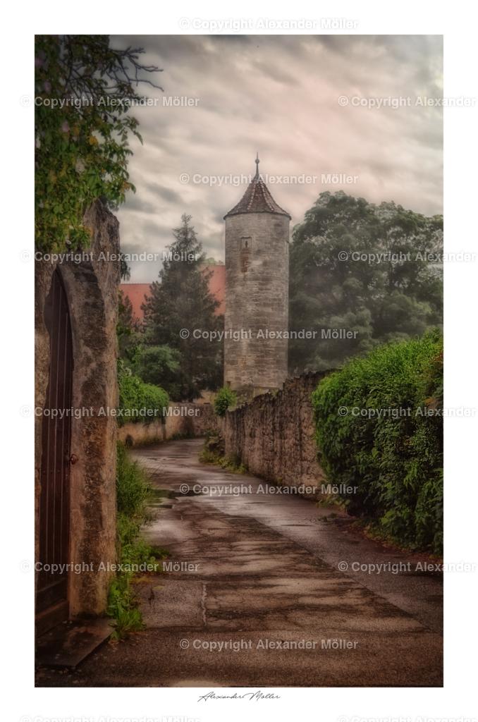 Rothenburg ob der Tauber No.34 | Dieses Werk zeigt den märchenhaften Klosterweth. Rechts die Stadtmauer mit Wachturm und links einer massiven Gartenmauer aus dem 18. Jahrhundert.