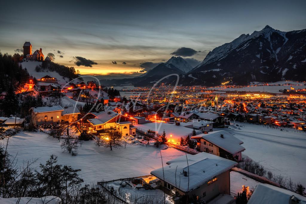 Schwaz | Blick auf Freundsberg und Schwaz im Winter
