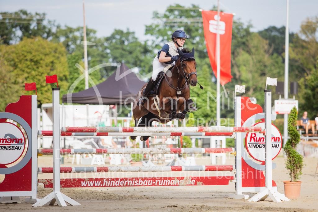 200821_Delbrück_Youngster-M-633 | Delbrück Masters 2020 Springprüfung Kl. M* Youngster Springen 6-8jährige Pferde