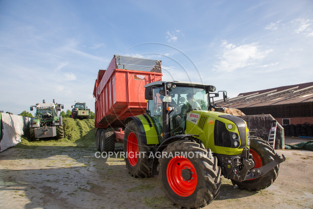 20150511-IMG_1578 | Gras silieren - AGRARMOTIVE Bilder aus der Landwirtschaft