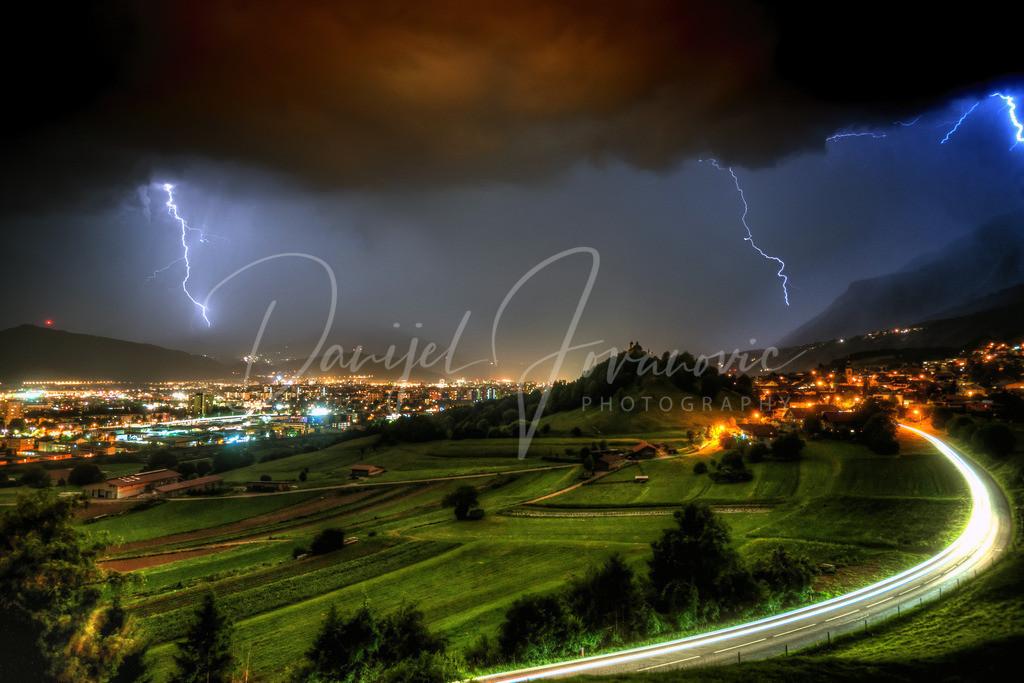 Gewitter | Gewitter über Innsbruck. Blick von Arzl