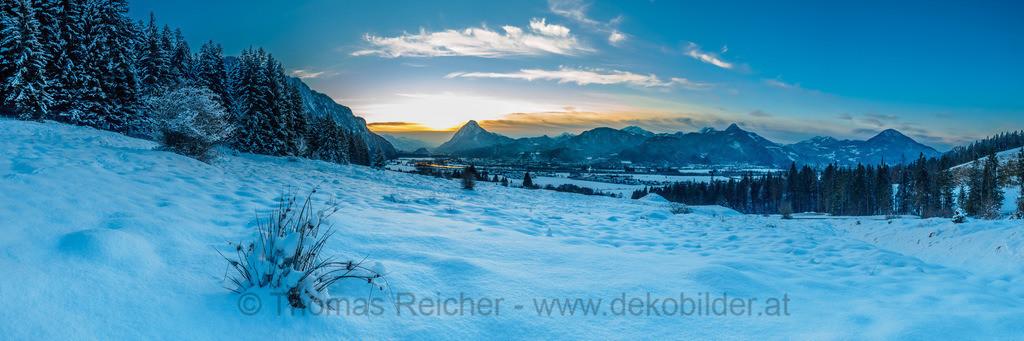 Winterpanorama Kufstein | Blick vom Buchberg in Ebbs auf das Inntal und Kufstein.
