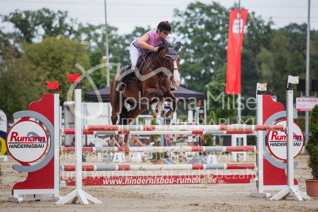 200821_Delbrück_Youngster-M-629 | Delbrück Masters 2020 Springprüfung Kl. M* Youngster Springen 6-8jährige Pferde