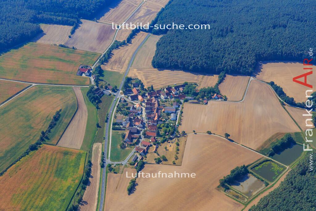 tragelhoechstadt-uehlfeld-2016-280 | Luftbild von Tragelhoechstadt Uehlfeld - Luftaufnahme wurde 2016 von https://frankenair.de mittels Flugzeug (keine Drohne) erstellt - die Geschenkidee