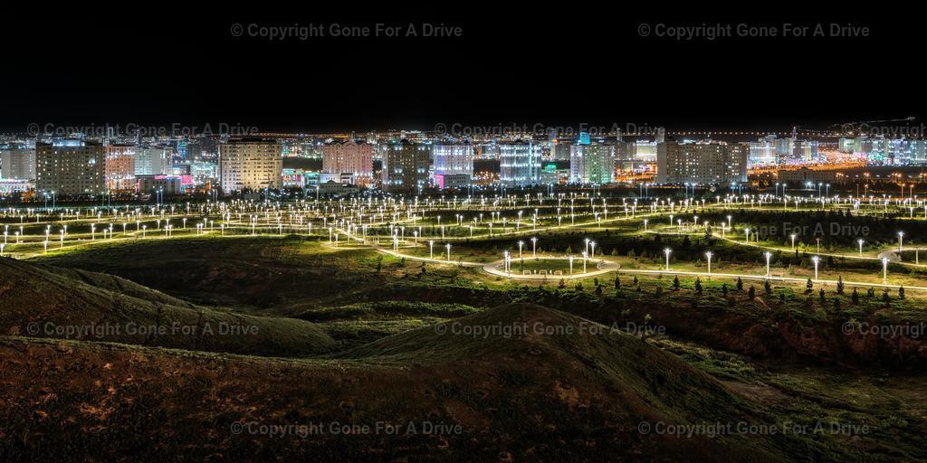 Turkmenistan | Panorama der turkmenischen Hauptstadt Aschgabat bei Nacht