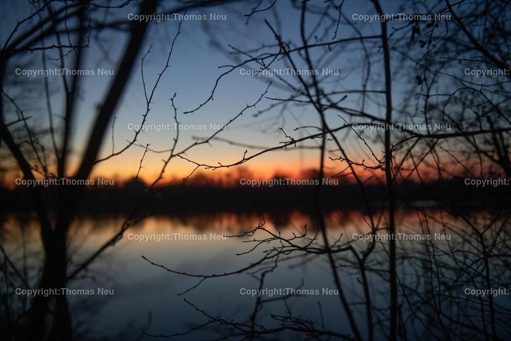 DSC_2941   Bensheim, Frühlingsstimmung nicht nur tagsüber, auch die Sonnenuntergänge in den vergangenen Tagen waren wunderschön, hier am badesee fotografiert, ,, Bild: Thomas Neu