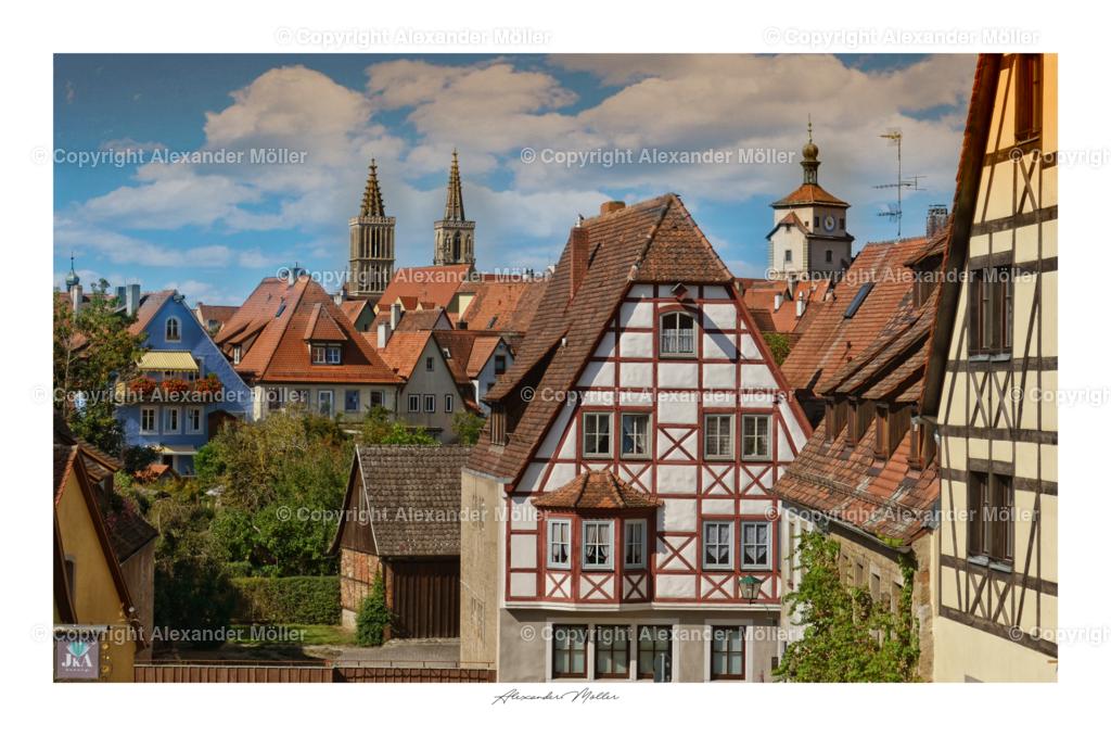 Rothenburg ob der Tauber No.112 | Dieses Werk zeigt einen wunderschönen Blick von der Stadtmauer auf die Innenstadt. Im Hintergrund ist, rechts der Weiße Turm und die Stadtkirche von Rothenburg gut zu erkennen.