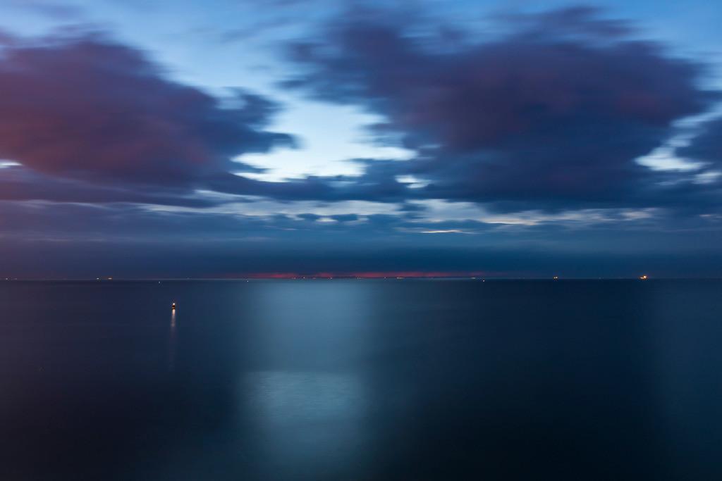 JT-161016-445   Scheveningen, Den Haag, Niederlande, Nacht über der Nordsee,