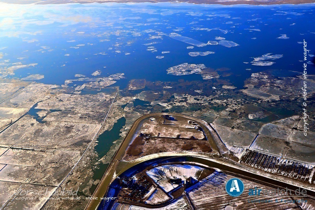 Winter Luftbilder, Nordsee, Nordfriesland, Husumer Bucht, Dockkoog | Winter Luftbilder, Nordsee, Nordfriesland, Husumer Bucht, Dockkoog