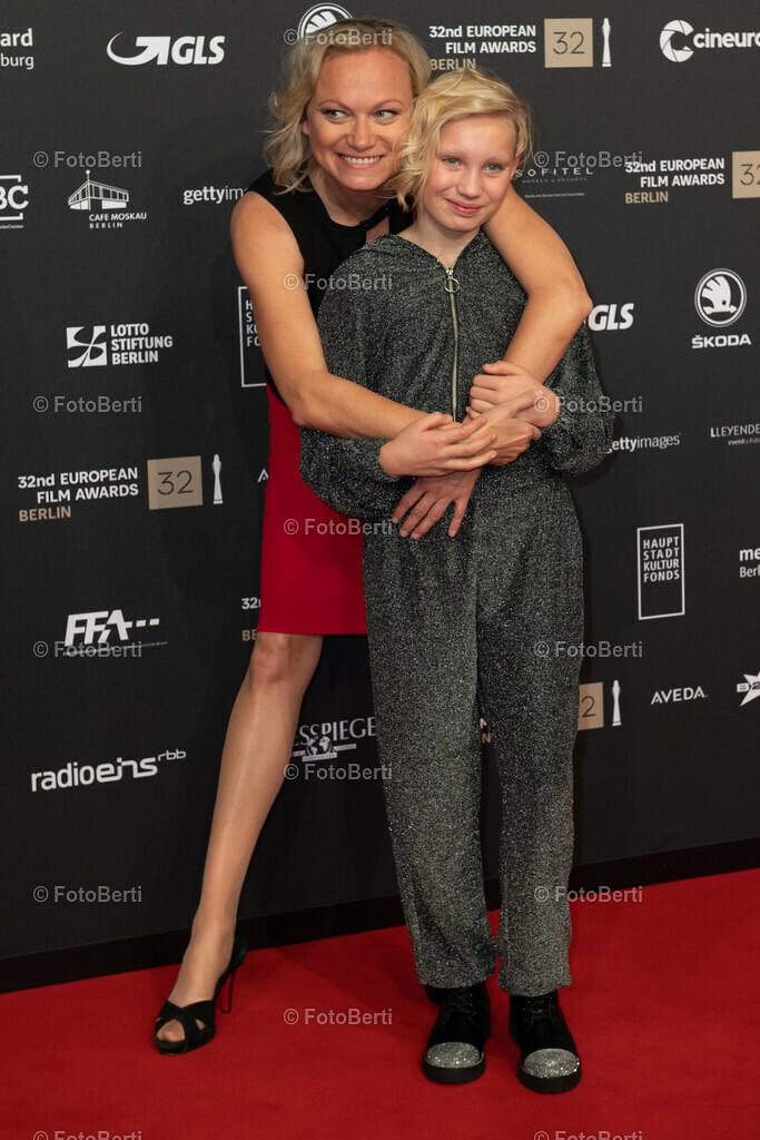 Helena Zengel mit Mutter Anne