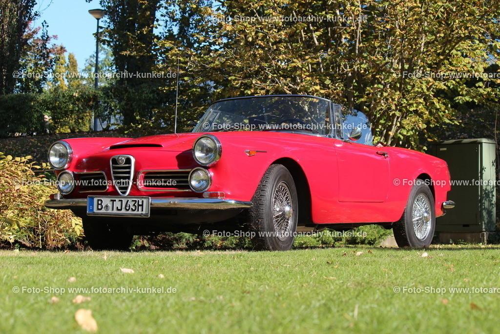 Alfa Romeo 2600 Spider 2 Türen, 1963 (1961-65) | Alfa Romeo 2600 Spider 2 Türen, rot, offener 2+2-Sitzer, Typ 106.01, Carrozzeria Touring, Bauzeit 1961-65, Baujahr 1963, Herstellerland Italien