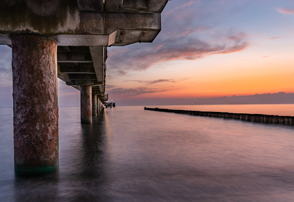 Sunrise uner der Seebrücke
