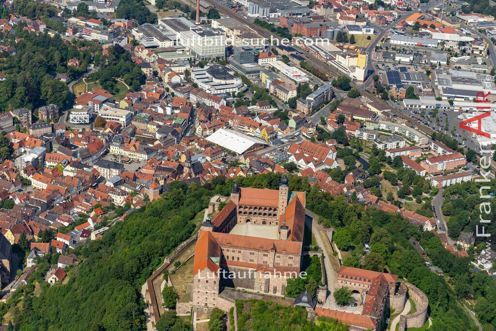 burg-kulmbach-19-684 | aktuelles Luftbild von Burg  Kulmbach - Luftaufnahme wurde 2019 von https://frankenair.de mittels Flugzeug (keine Drohne) erstellt.