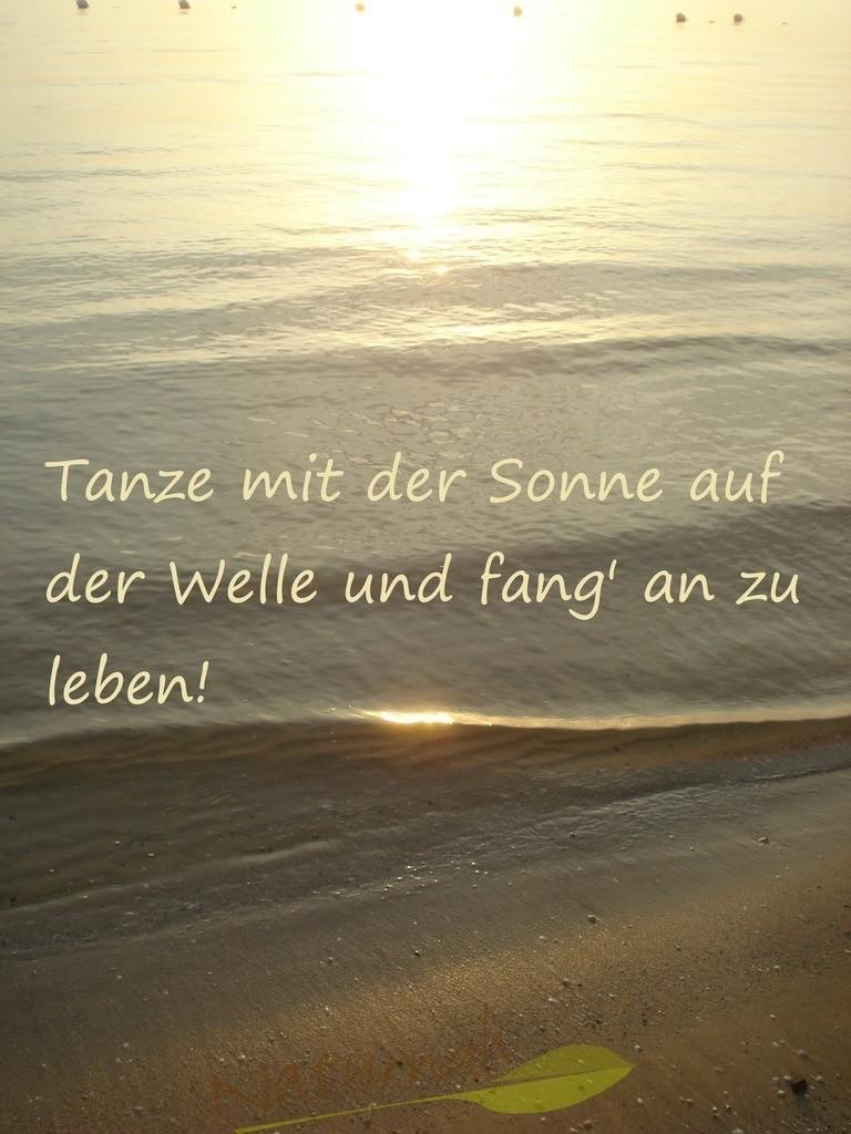Tanz mit der Sonne | Der zauberhafte Sonnenstrahl tanzt auf der Welle - tue es ihm gleich und lebe!