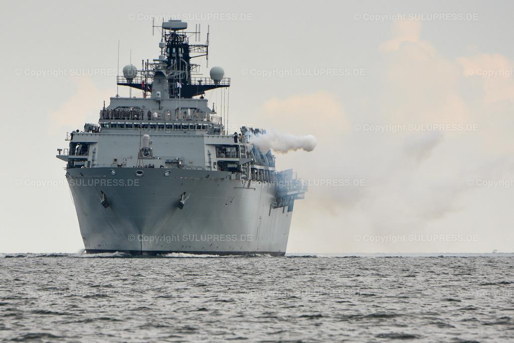 HMS Albion in Kiel   21.06.2019, zum Abschluss des NATO-Manövers BALTOPS 2019 läuft das Britische Landungsschiff HMS Albion in den Kieler Marine Stützpunkt ein. Mit 18.560 ts Wasserverdrängung ist es eines der größten Marine Schiffe der diesjährigen Kieler Woche. Die HMS