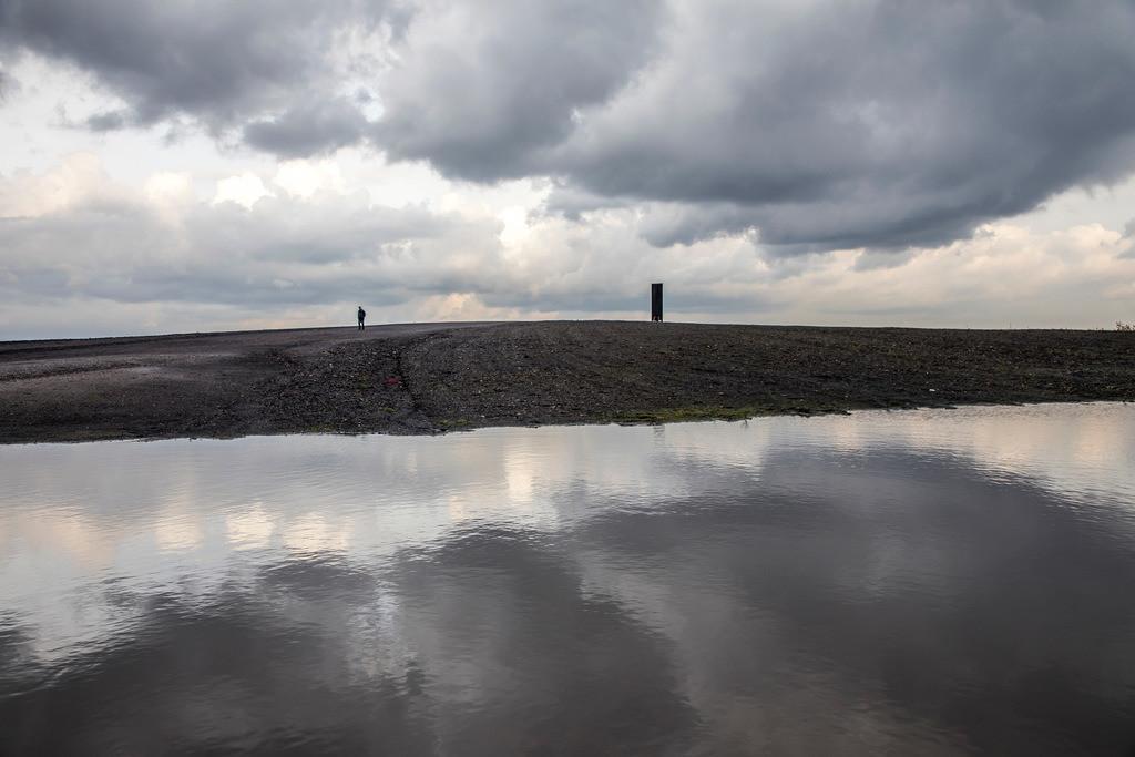 JT-171105-111 | Schurenbachhalde, Kunstwerk des britischen Künstlers Richard Serra,