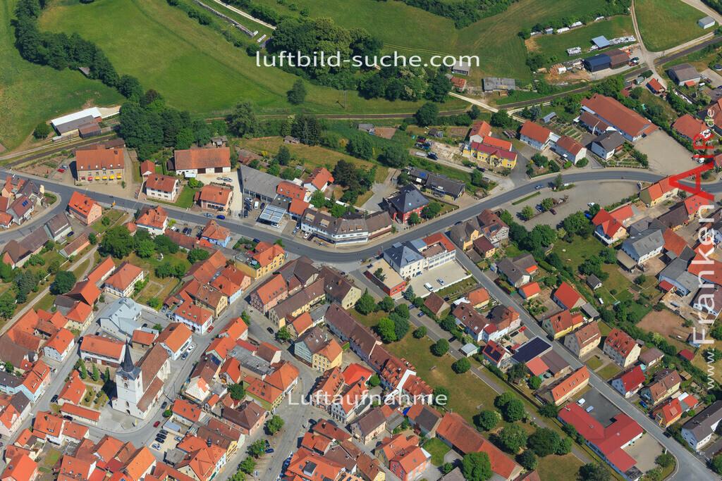schluesselfeld-2015-1628 | Luftbild von  Schluesselfeld - Luftaufnahme wurde 2015 von https://frankenair.de mittels Flugzeug (keine Drohne) erstellt - die Geschenkidee