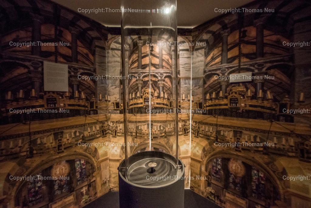 Vorfahren_Museum-4 | Bensheim,Stadtmagazin 39, Museum,vergessene Vorfahren, Eingang zur Ausstellung, , ,, Bild: Thomas Neu