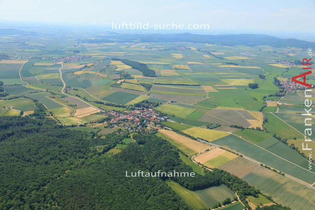 deutenheim-sugenheim-2015-1386   Luftbild von Deutenheim Sugenheim - Luftaufnahme wurde 2015 von https://frankenair.de mittels Flugzeug (keine Drohne) erstellt - die Geschenkidee