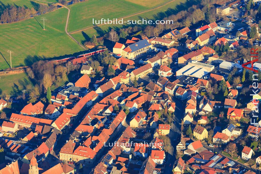 burggrafenhof-langenzenn-2015-1886 | Luftbild von  Langenzenn - Luftaufnahme wurde 2015 von https://frankenair.de mittels Flugzeug (keine Drohne) erstellt - die Geschenkidee