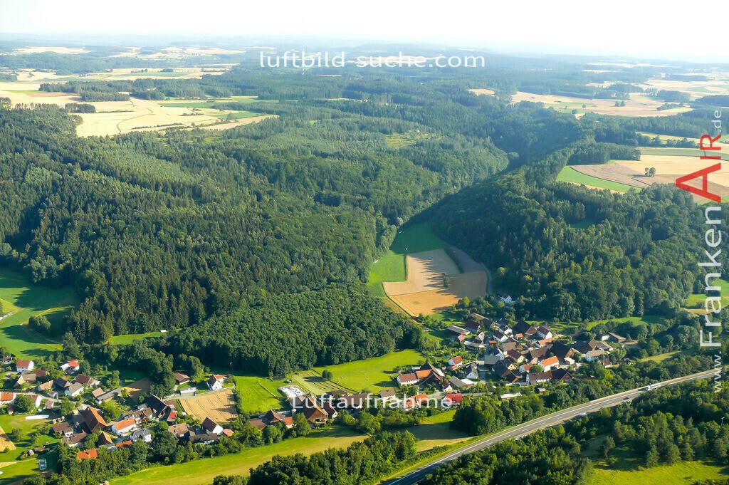 menchau-thurnau-2007-148 | Luftbild von Menchau Thurnau - Luftaufnahme wurde 2007 von https://frankenair.de mittels Flugzeug (keine Drohne) erstellt - die Geschenkidee