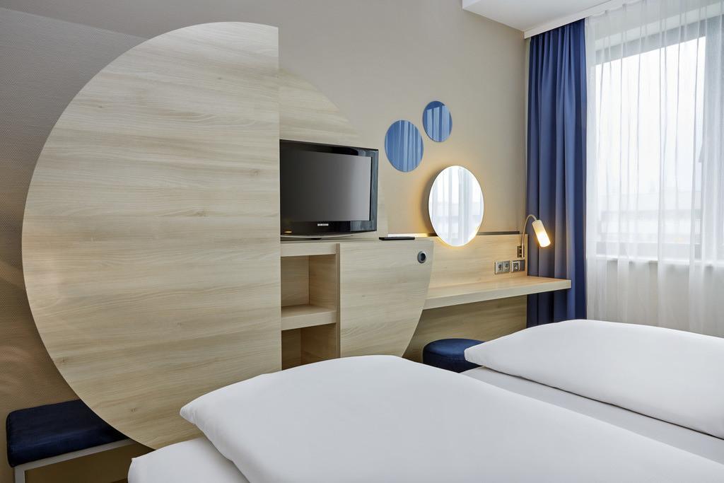zimmer-doppelzimmer-09-h2-hotel-berlin