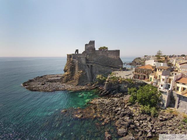 Normannenschloss Aci Castello | Luftaufnahme von Normannenschloss in Aci Castello auf Sizilien