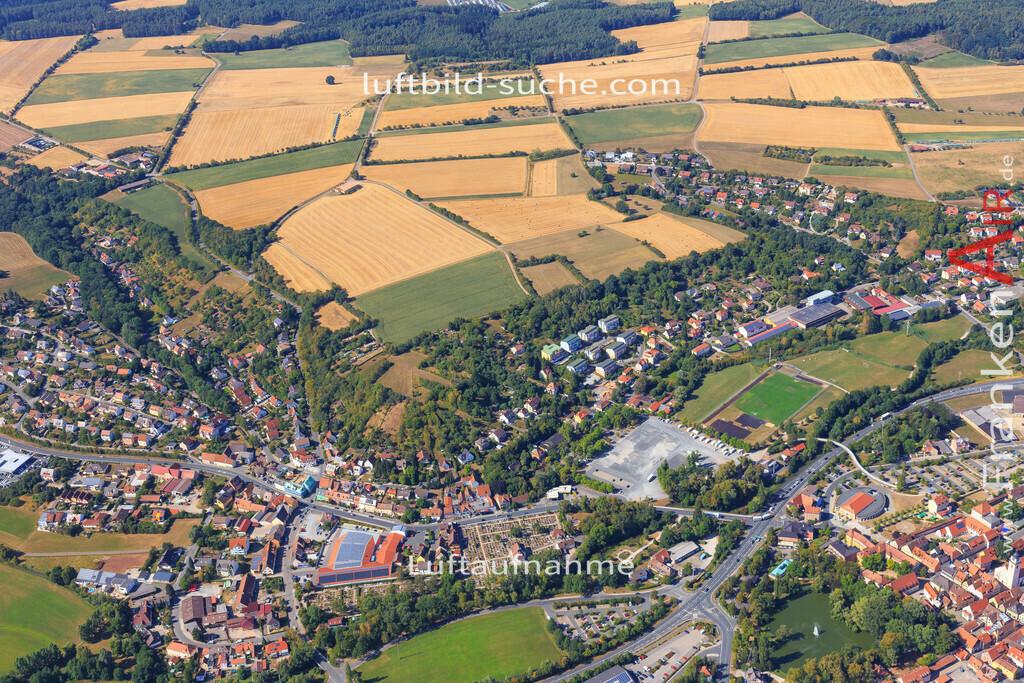 unterstrahlbach-neustadt-an-der-aisch-2015-98 | Luftbild von Unterstrahlbach Neustadt-an-der-aisch - Luftaufnahme wurde 2015 von https://frankenair.de mittels Flugzeug (keine Drohne) erstellt - die Geschenkidee