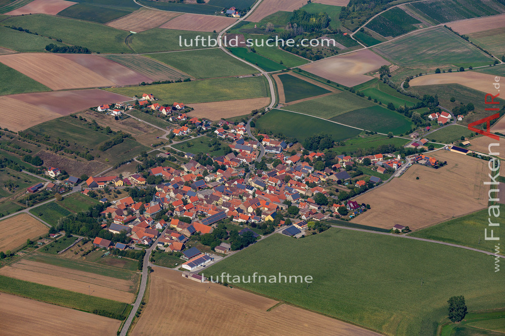 weigenheim-19-760   aktuelles Luftbild von  Weigenheim - Luftaufnahme wurde 2019 von https://frankenair.de mittels Flugzeug (keine Drohne) erstellt.