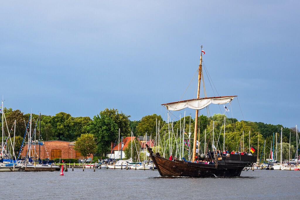 rk_06188 | Segelschiffe auf der Hanse Sail in Rostock.