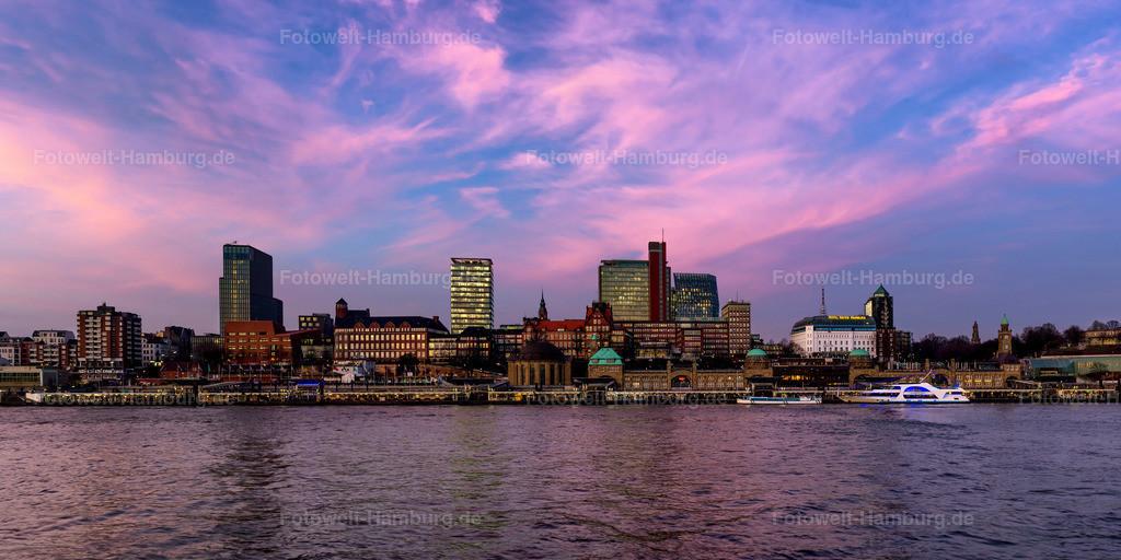 10210204 - St. Pauli Skyline im Abendrot | Blick über die Elbe auf die Landungsbrücken und die Skyline von St.Pauli.
