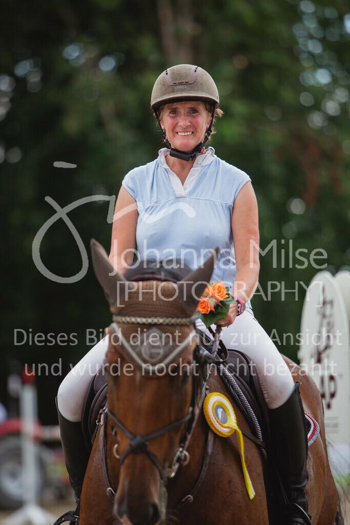 200821_Delbrück_Youngster-M-650 | Delbrück Masters 2020 Springprüfung Kl. M* Youngster Springen 6-8jährige Pferde