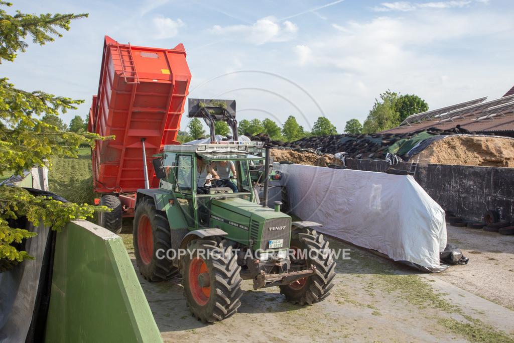 20150511-IMG_1560 | Gras silieren - AGRARMOTIVE Bilder aus der Landwirtschaft