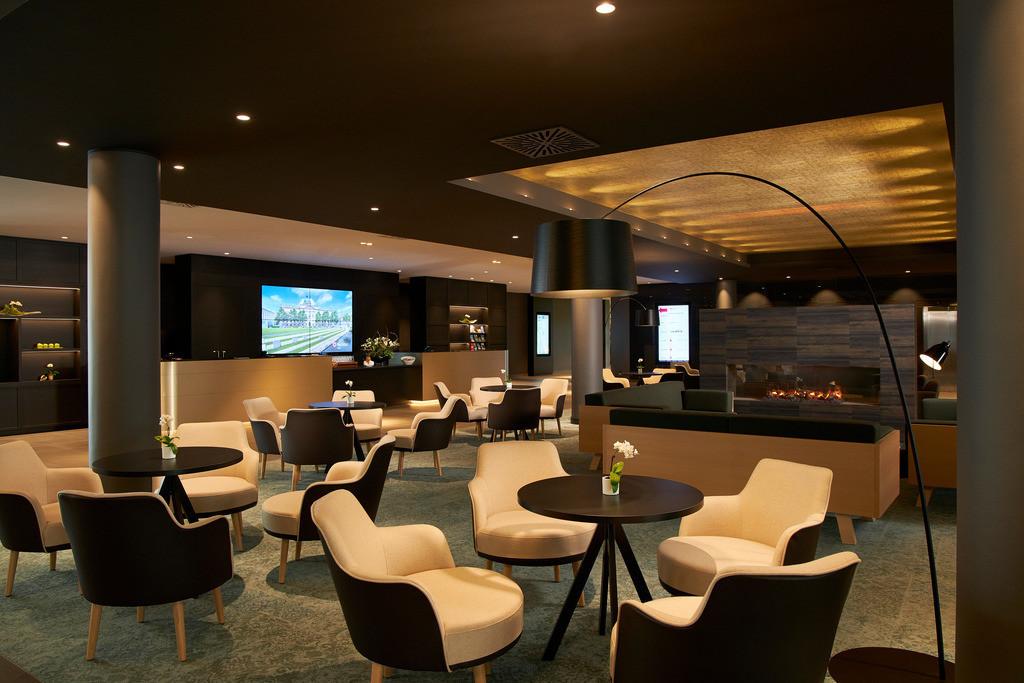 lobby-02-h4-hotel-leipzig