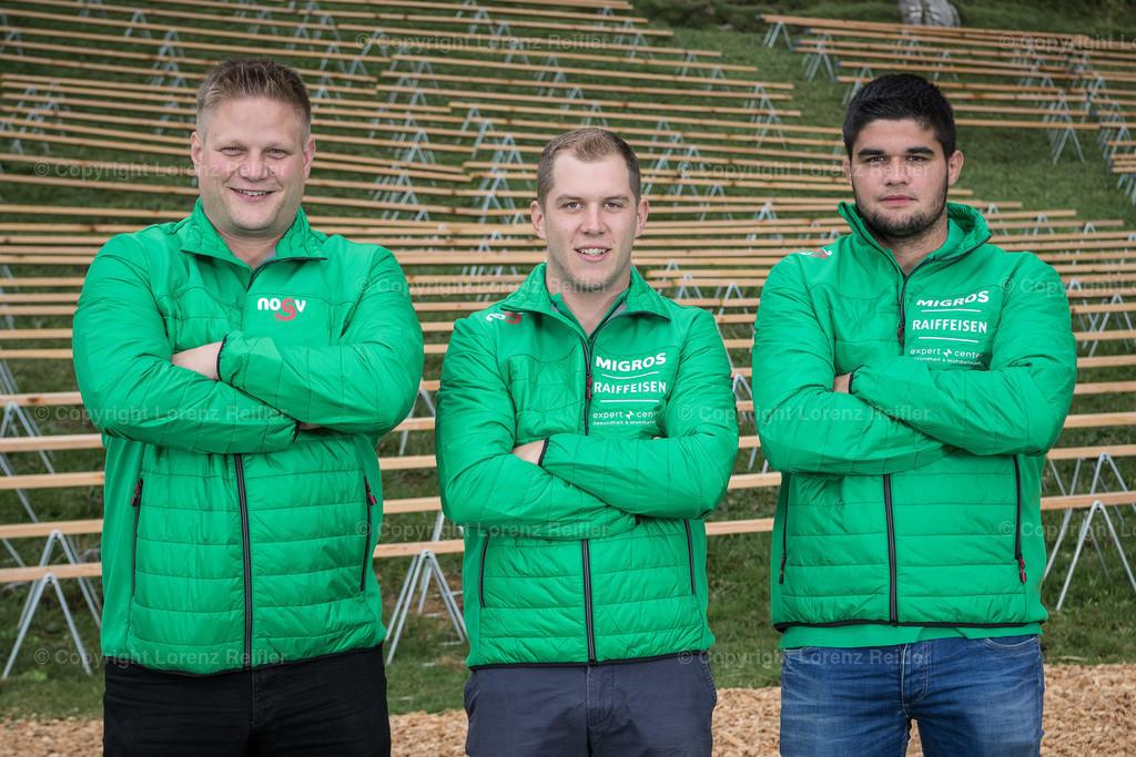 Schwingen -  NOSV Zusammenzug 2019 | Schwägalp, 7.8.19, Schwingen - NOSV Zusammenzug. Team Schaffhausen mit Technischem Leiter (Lorenz Reifler)