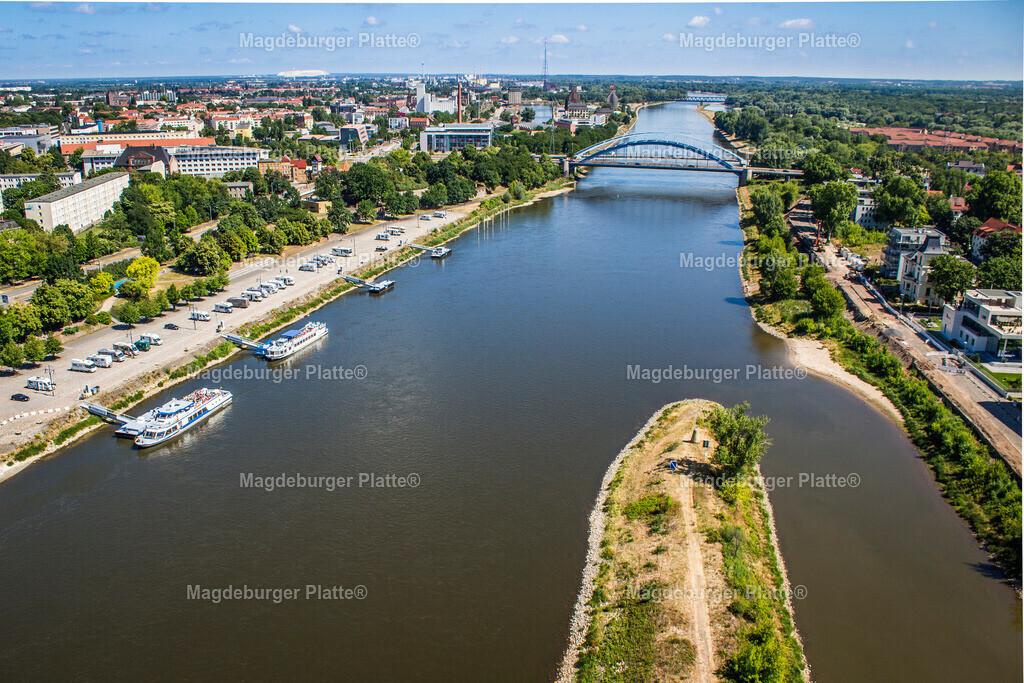 Luftbild Magdeburg Elbuferpromenade Anleger-3561