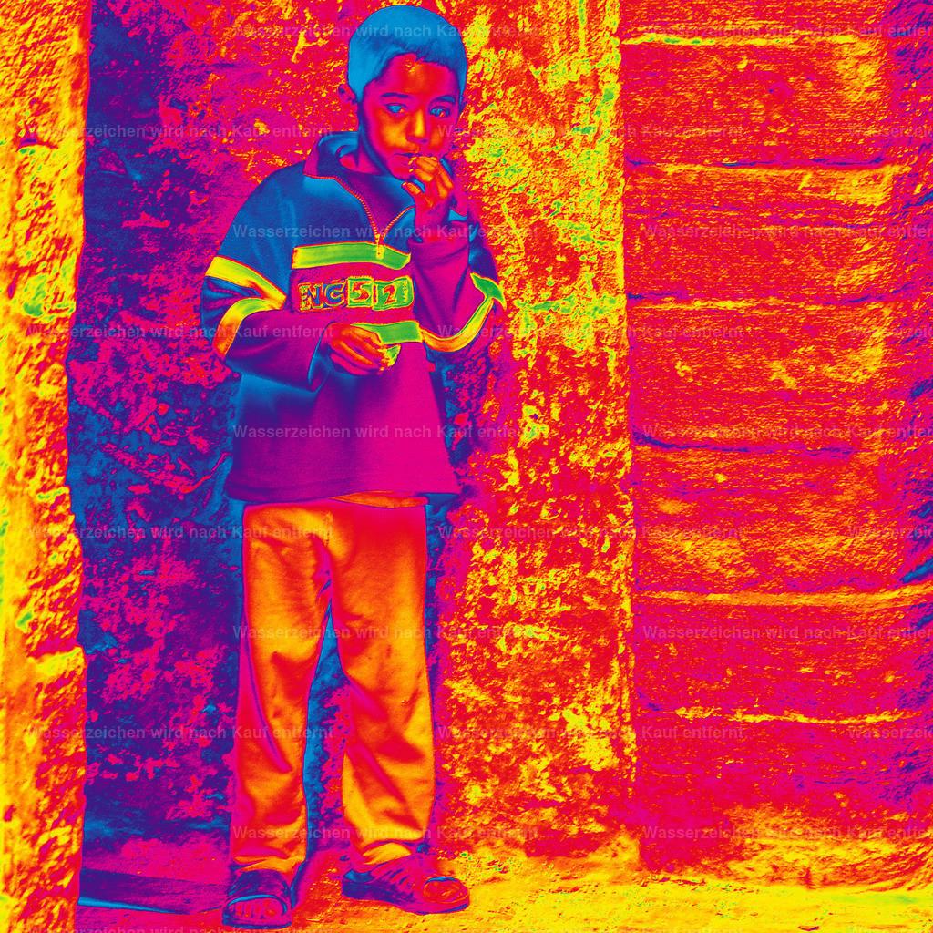 Thinking Boy  I | Marokko, Marrakesch, Photokunst, Kunstwerk, wallpaper, art