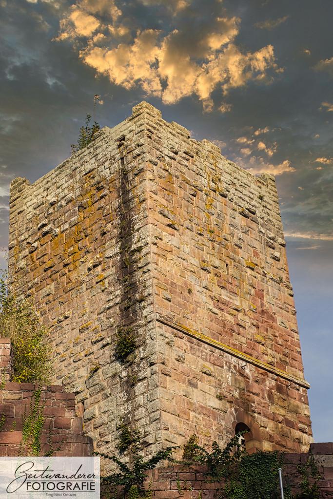 Bergfried Burg Wildenberg